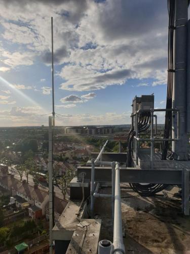 View, Mast & Antenna